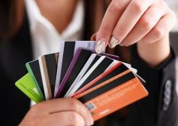 Pagamenti digitali: meno carte aziendali