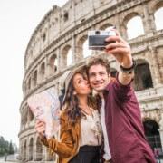 turisti-roma-610x366